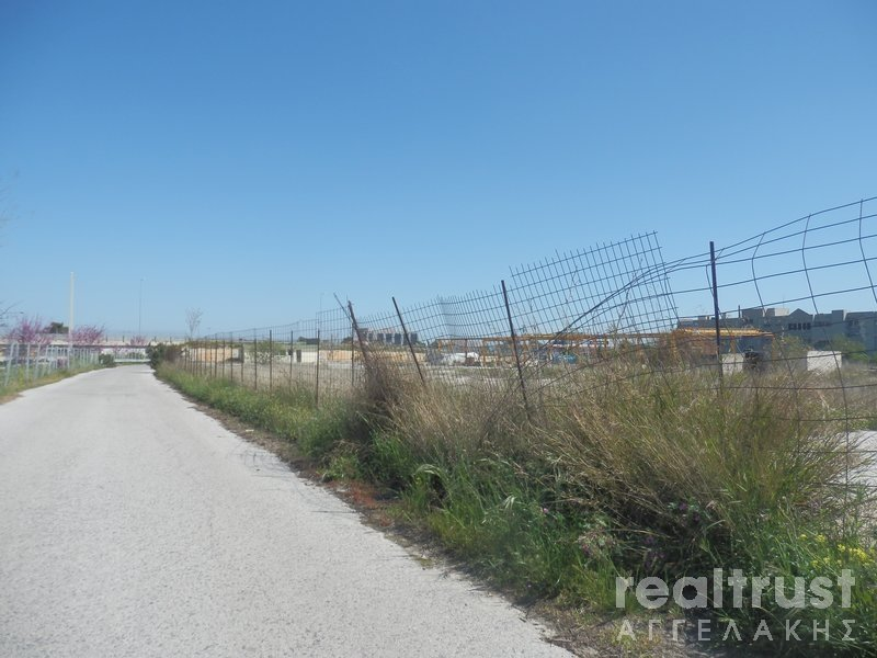 FIELD ABLE TO BE BUILT for Rent - ATTICA
