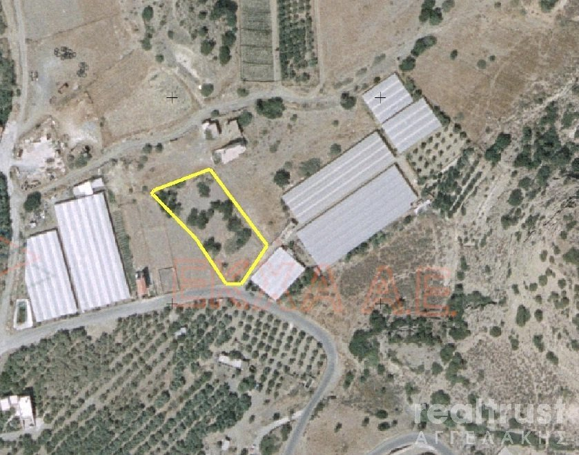 PLOT WITHIN THE CITY PLAN for Rent - CRETE